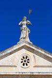 Architecture et détail vénitiens de façade d'église dans Perast Image libre de droits
