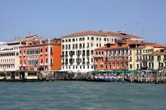 Architecture et un canal à Venise, Vénétie, Italie. images libres de droits