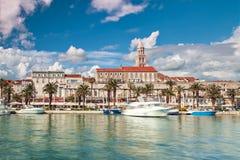 Architecture fendue de port Images libres de droits