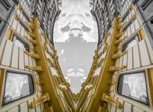 Architecture géométrique et abstraite, bâtiment néoclassique avec le gre photo libre de droits