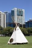Architecture indigène et moderne Image stock