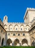 Architecture intérieure de palais papal photographie stock