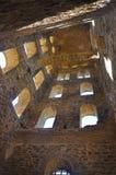 Architecture - la voûte interne de la tour d'une envergure médiévale Photo libre de droits