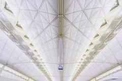Architecture moderne de plafond en aéroport de Hong Kong Photo libre de droits