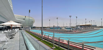 Architecture moderne en Abu Dhabi, Emirats Arabes Unis Photographie stock