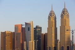 Architecture moderne en Marina District, Dubaï photo libre de droits