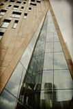 Architecture moderne et style de réflexions rétro photo stock