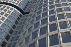 Architecture moderne incurvée Photographie stock libre de droits