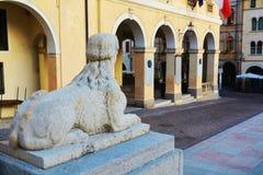 Architecture néoclassique dans Conegliano Vénétie, Trévise, Italie photographie stock libre de droits
