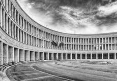 Architecture néoclassique dans le secteur d'EUR, Rome, Italie images libres de droits