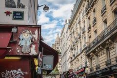 Architecture typique des bâtiments de la rue de Steinkerque à Paris image stock