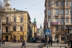Architecture unique de Lviv avec le signe de pension Photographie stock
