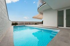 Architecture whit pool Royalty Free Stock Photos