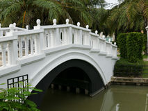 The architecture of white bridge Stock Photography