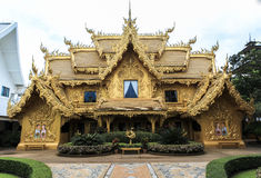 Architecture of white temple in Chiangrai Royalty Free Stock Photography