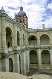 Architectuur binnen van het Klooster in Oaxaca, Mexico royalty-vrije stock foto's