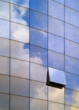 Architectuur - Blauw venster Stock Afbeeldingen