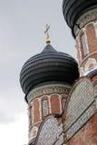 Architectuur van Izmailovo-manor in Moskou De Kathedraal van de interventie Stock Foto
