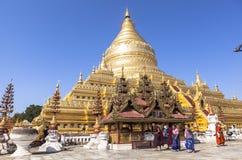 Architectuur van Shwezigon-Pagode in Bagan Royalty-vrije Stock Afbeeldingen