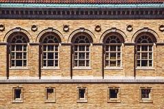 Architectuurvoorgevel en vensters van oude renaissance Royalty-vrije Stock Foto