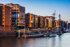 Architecutre του Αμβούργο στο ηλιοβασίλεμα Στοκ Φωτογραφίες