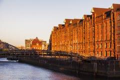 Architecutre van Hamburg bij zonsondergang Stock Afbeeldingen