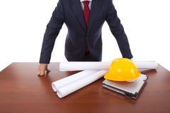 Architekt im Büro stockfoto