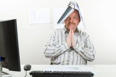 Architekt Z falcówką Na Kierowniczym modleniu Przy biurkiem obraz royalty free