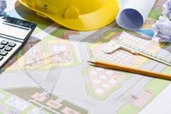 Architekta miejsce pracy - architektoniczny projekt z projektami Zdjęcie Royalty Free