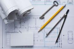 Architekta worplace odgórny widok Architektoniczny projekt, projekty, projekt rolki i divider kompas, klucz, puste miejsce Obrazy Royalty Free