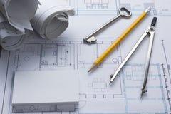 Architekta worplace odgórny widok Architektoniczny projekt, projekty, projekt rolki i divider kompas, klucz, puste miejsce Obraz Royalty Free