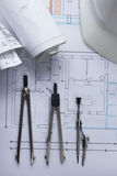 Architekta worplace odgórny widok Architektoniczny projekt, projekty, projekt rolki i divider kompas na planach, Fotografia Stock