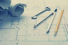 Architekta worplace odgórny widok Architektoniczny projekt, projekty, projekt rolki i divider kompas, ołówek na planach Obrazy Royalty Free