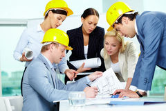 Architekten bei der Arbeit Lizenzfreies Stockbild