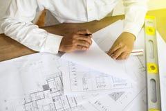 Architektenpunkt am Plan Lizenzfreies Stockbild