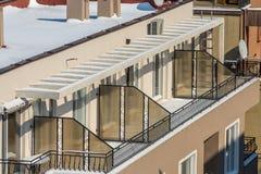 Architektoniczna geometria balkony w Bułgarskim Pomorie zdjęcie royalty free