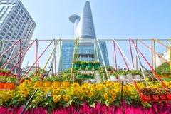 Architektoniczni piękno kwiatu garnki pierwszoplanowi Fotografia Royalty Free