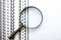 Architektoniczni projekty, projekt rolki i powiększać, - szkło na białym tle Fotografia Stock