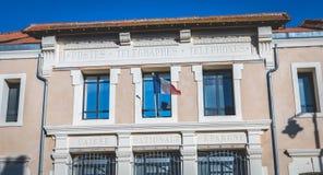 Architektoniczny szczegół komenda policji Marseillan obraz stock