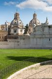 Architektoniczny szczegół Krajowy zabytek zwycięzca Emmanuel II, obraz royalty free
