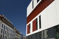 Architektur alt gegen neues Stockfotografie