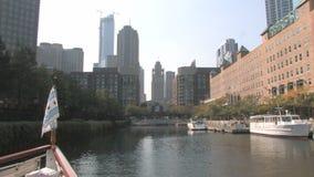 Architektur-Ausflug Chicago River stock footage