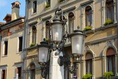 Architektur in Conegliano, Italien lizenzfreies stockbild