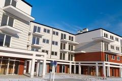 Architektur der neuen Wohnungen Lizenzfreie Stockfotos