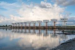 Architektur, die schöne prasit Utho Wipat Schleusentoren errichtet Stockfotos
