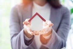 Architektur, Gebäude, Bau, Immobilien und Eigentum c lizenzfreies stockbild