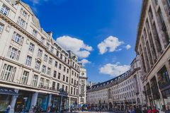 Architektur im London-Stadtzentrum in Regent Street stockbilder
