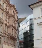 Architektur - klassisch und modern. stockbild