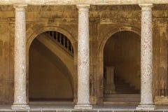 Architektur kolumny na historycznym budynku Zdjęcia Royalty Free
