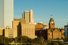 Architektur-Kontrast (Dallas TX) Lizenzfreies Stockbild